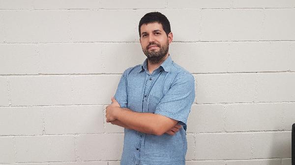 Profesionales del control de plagas. Adrián Ruiz es el técnico de Castellón. Profesionales del control de plagas.